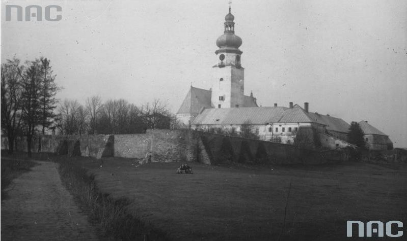 1933, архів NAC