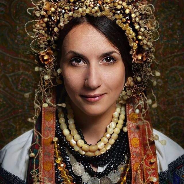 Красу українок показали у незвичайному фотопроекті - фото 240074