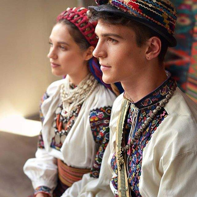 Красу українок показали у незвичайному фотопроекті - фото 240071