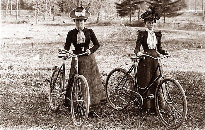 На початку ХХ ст. велосипеди були дуже модним видом транспорту