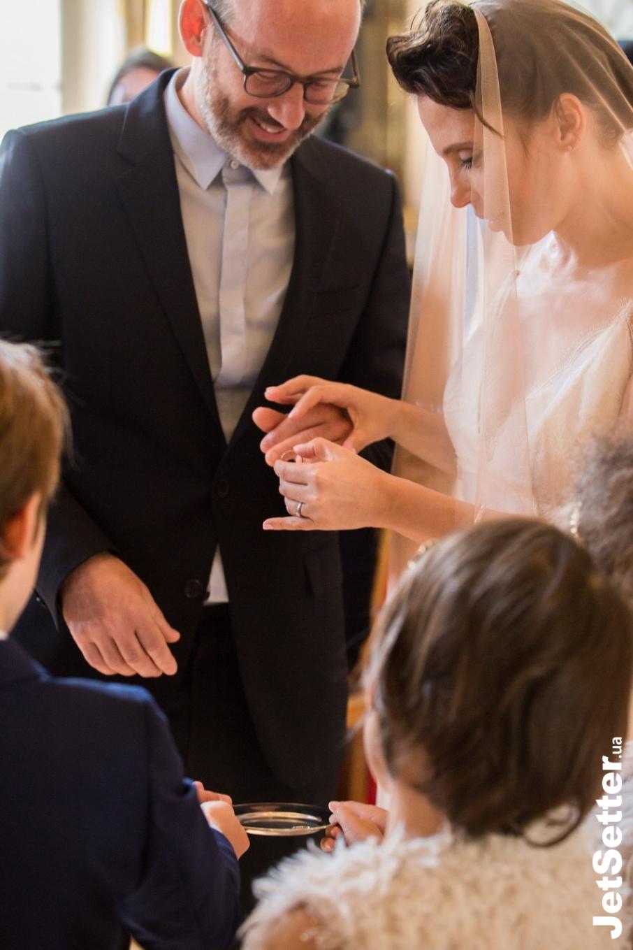 Українська письменниця і співачка, Ірена Карпа вийшла заміж за француза Людовіка-Кирила Требюше. Фото: jetsetter.ua