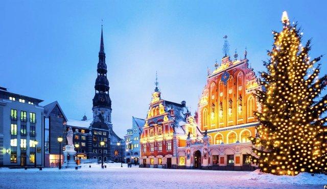 Найкращі новорічні тури на кілька днів: Новий рік 2019 в Європі  - фото 297429