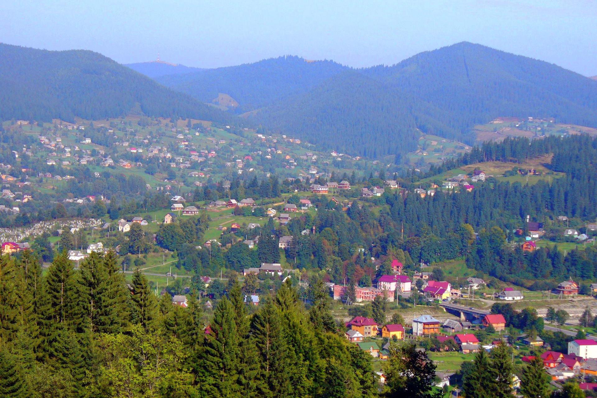 Панорама Микуличина