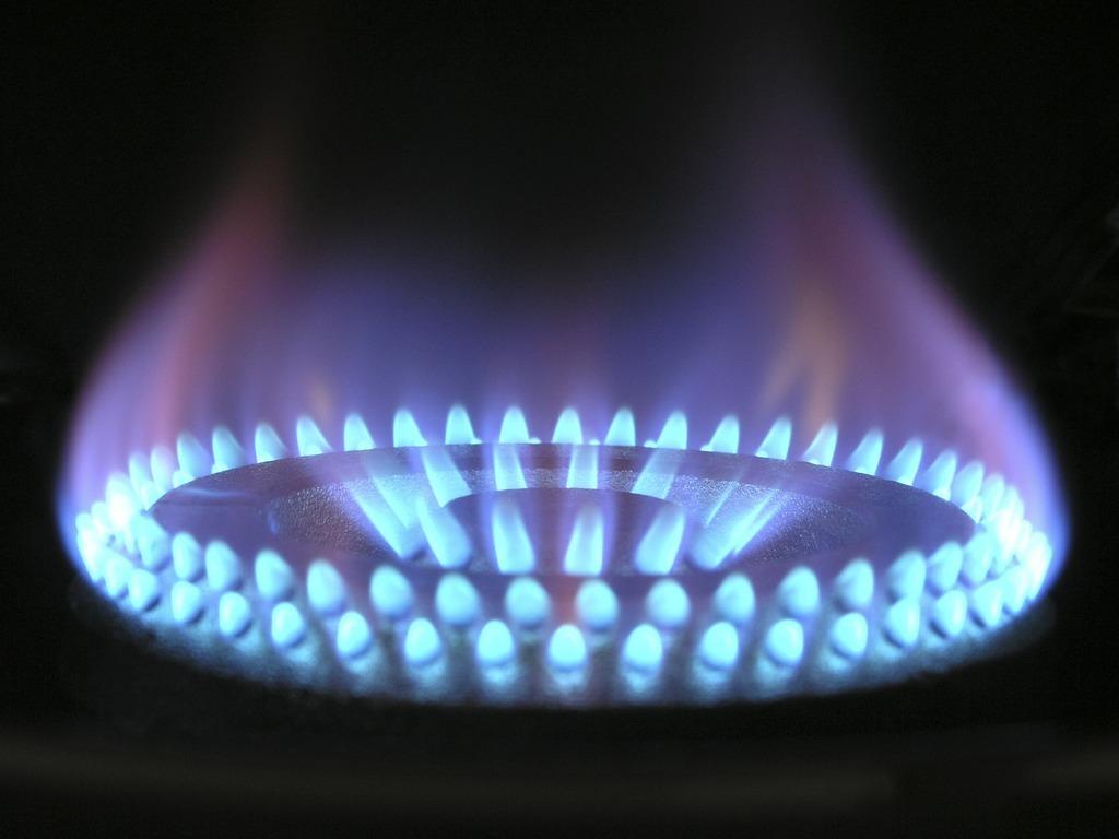 В Україні підвищили ціни на газ і урізали всі субсидії: Гончарук обдурив Зеленського?