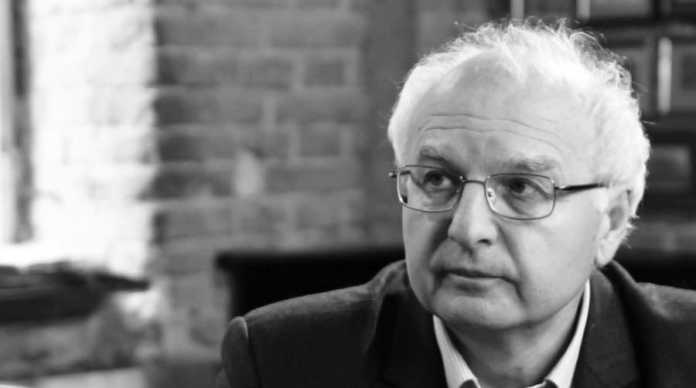 Не стало відомого вченого та батька політика і співака - Івана Вакарчука