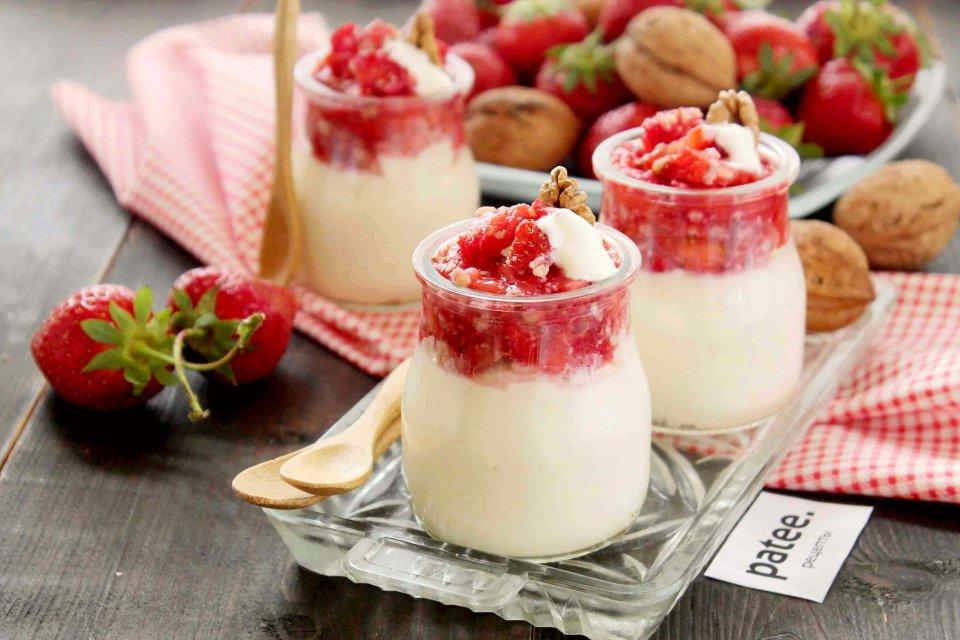 Творожный десерт с клубникой - рецепт с фотографиями - Patee. Рецепты