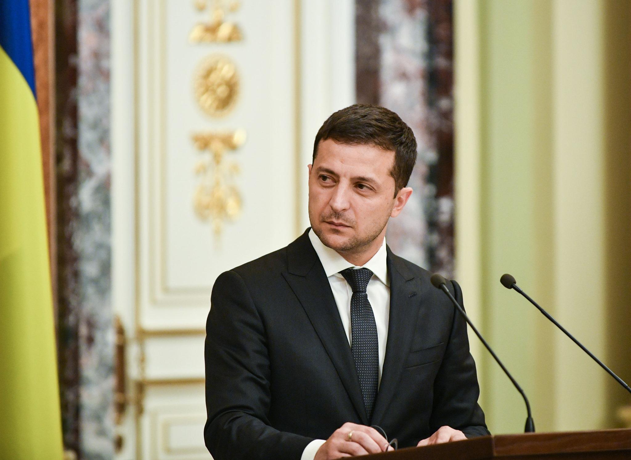 Зеленський про зміни до бюджету: менше - на чиновників та суддів ...