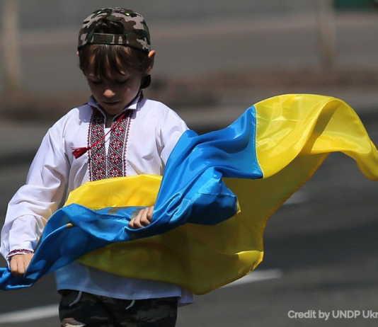 The History of the Ukrainian National Flag (Infographics)
