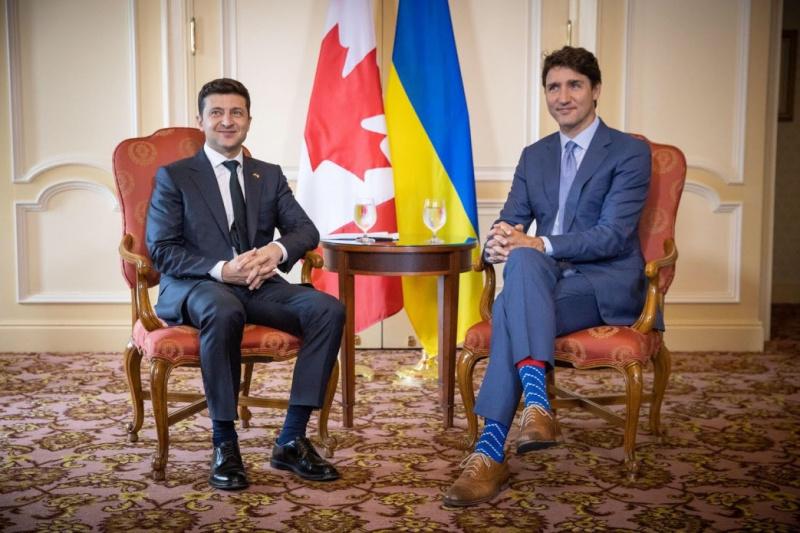 Зеленський поговорив із Трюдо: Канада готова надати медобладнання ...