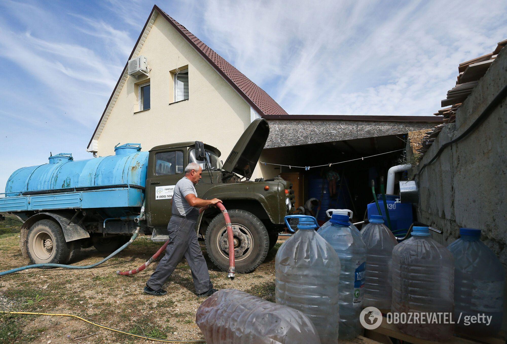 Воду в Криму почали подавати за графіком
