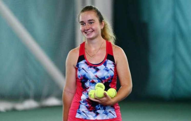 Українська тенісистка розгромила суперни…