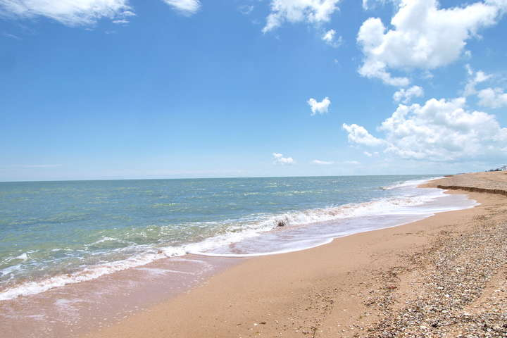 Туристам варто поїхати на відпочинок до Азовського моря - Відпочинок на травневі свята: куди варто «податися» туристам?