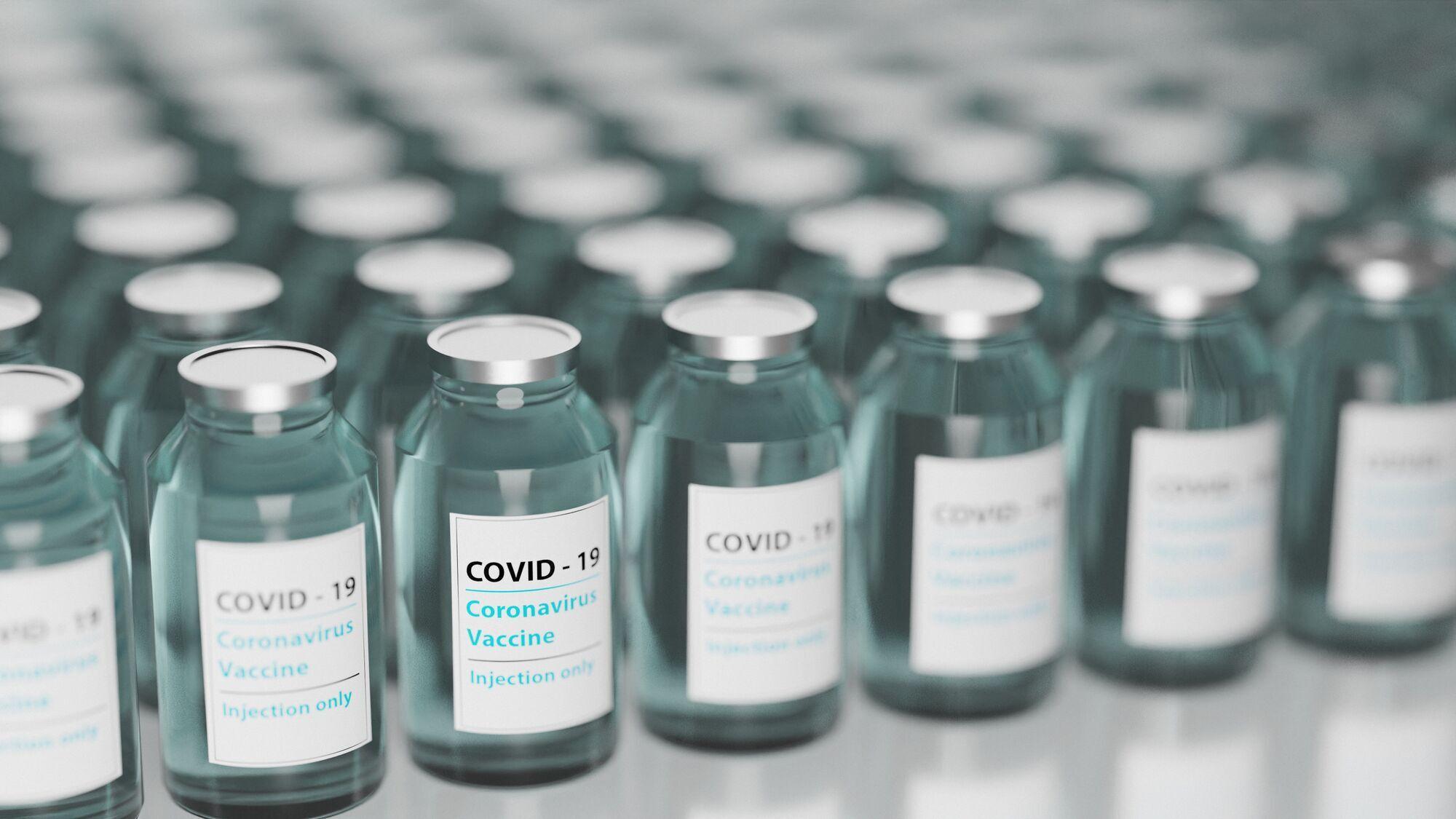 Українці, щеплені проти коронавірусу обома дозами вакцини, можуть отримати міжнародне свідоцтво про вакцинацію