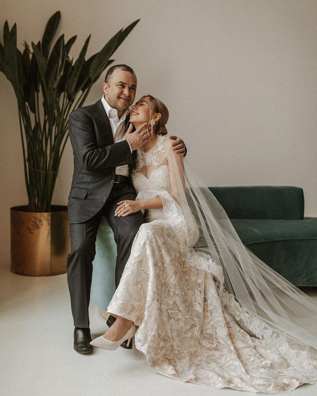 Павлік з дружиною.