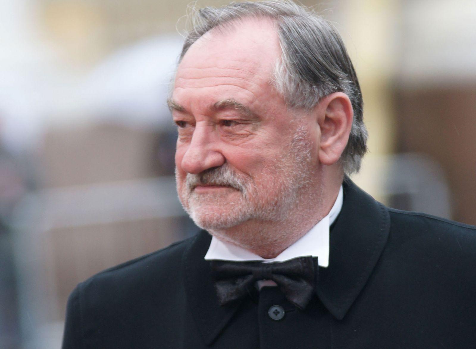 Богдан Ступка помер 22 липня 2012 року.