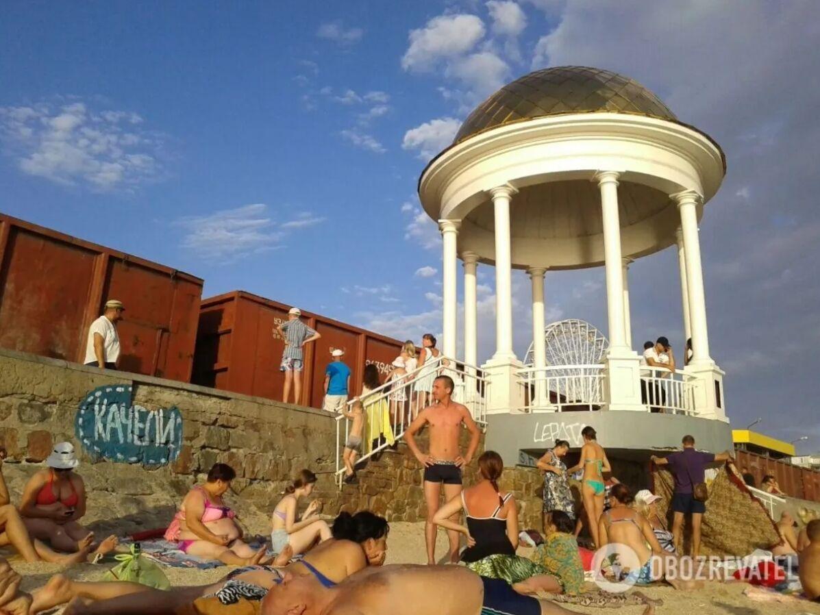 Бердянськ – популярний курорт для молоді, оскільки в місті є набережна з усіма розвагами